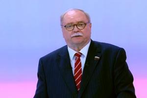 Владимир Бортко заявил, что снимается с выборов в губернаторы Петербурга. Что об этом говорят политики и активисты