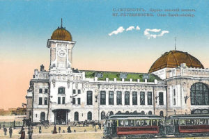 Угадайте, какие дома в центре Петербурга называли «бешеными червями» и «кондитерским пирогом». Тест о зданиях, которые злили критиков и писателей