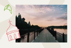 Это Старая Ладога — древняя столица Северной Руси. За день можно осмотреть крепость, 500-летнюю улицу и пещеру с летучими мышами