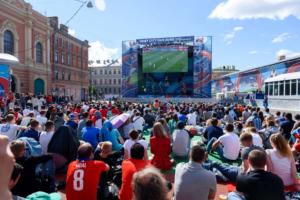 Фан-зоны чемпионаты Европы 2020 года планируют открыть не только на Конюшенной, но и в спальных районах Петербурга