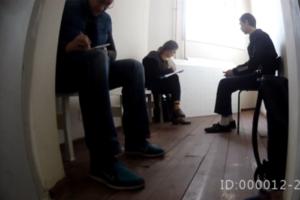 Появилось видео, где обвиняемый в теракте в петербургском метро говорит о пытках в «секретной тюрьме». Вскоре его прерывает сотрудник СИЗО