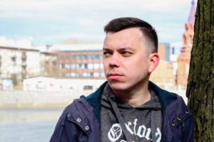 К сотрудникам штаба Навального в Петербурге пришла полиция. В еще 25 городах России — то же самое