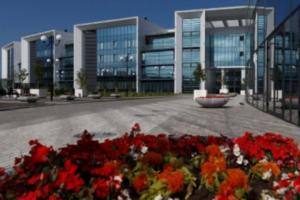 В Петербурге официально открыли пансион воспитанниц Минобороны, где будут обучать «хранительниц очага»