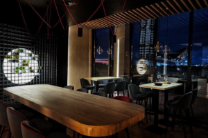 В Петербурге заработал ресторан-пекарня Kristof с видом на «Лахта Центр». Его открыл шоколатье из Бельгии