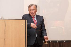 В 1980-х Олега Соколова признали виновным в гибели человека и приговорили к условному сроку. «Фонтанка» опубликовала копию приговора