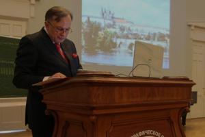 Институт Лиона лишил должности историка Соколова, подозреваемого в убийстве студентки