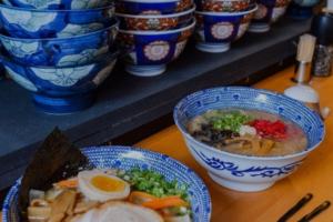 На Невском проспекте открылся ресторан «Ярумэн». Там можно попробовать вегетарианский рамен и японские чаи