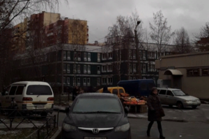 Три школы в Петербурге эвакуировали из-за сообщений о минировании