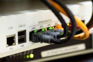 В России вступил в силу закон о суверенном интернете. Теперь нас отключат от всего мира? У меня будут проблемы с доступом?