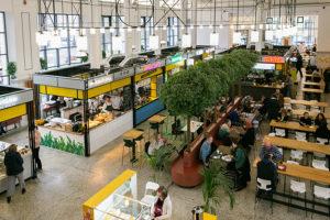 Как устроен Василеостровский рынок? От зоны завтраков и авокадо-бара до корнера с морепродуктами и овощных лавок