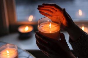 Йога в бане, масала-чай и «какао time». Читательницы «Бумаги» рассказывают, как спасаться от петербургских холодов