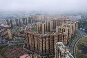 Что такое зомби-микрорайоны и чем современные многоэтажные дома отличаются от советских? Рассказывает социолог