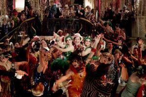 Как спланировать идеальную новогоднюю вечеринку? Отдел мероприятий «Бумаги» советует, где искать помещение, сколько гостей звать и как их знакомить