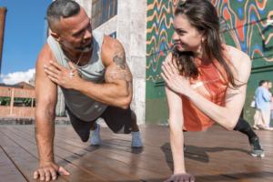 В «Севкабель Порту» открыли фитнес-студию «Планка» с йогой, африканскими танцами и стрип-дэнсом