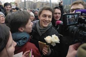 «Почему столько сил уходит на то, чтобы посадить талантливого, умного парня»: что о деле Егора Жукова говорят Дудь, Оксимирон и политики