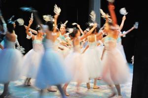 Где бесплатно и легально смотреть фильмы, оперу и балет? Вот девять сайтов и ютьюб-каналов