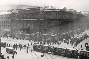 Главархив Москвы опубликовал уникальные фотографии блокадного Ленинграда и его жителей