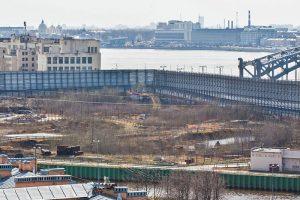 «Газпром» снова планирует застроить Охтинский мыс, где несколько лет назад пытались возвести небоскреб. Что известно о будущем здании и почему проект беспокоит градозащитников