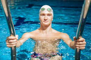 Как петербуржец стал первым мужчиной в синхронном плавании в России. История Александра Мальцева, четырехкратного чемпиона мира в спорте «только для женщин»