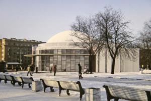 Как может выглядеть вестибюль «Парка Победы» после реконструкции? Архитекторы показали несколько вариантов