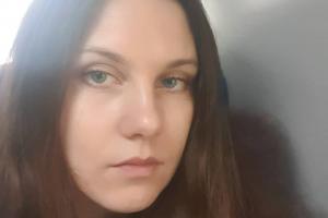 Петербурженку Аллу Ильину увезли в Боткинскую больницу на карантин. Медики ждали ее еще до решения суда