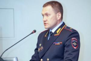 Петербургская полиция пока не знает, как бороться с лжеминированиями судов и школ, сообщил глава регионального МВД