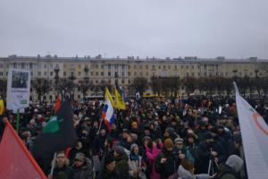 Накануне марша памяти Немцова школам Петербурга посоветовали провести «профилактическую работу», чтобы ученики не ходили на акции, пишет «Яблоко»