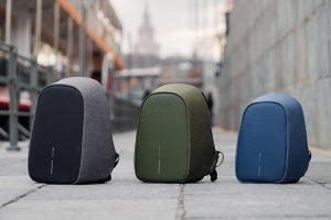 Городские рюкзаки Bobby защищают вещи от карманников и непогоды. Чем они отличаются от обычных сумок и что в них можно хранить