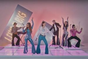 Little Big запустили флешмоб к песне для Евровидения. Теперь под Uno танцуют на атомной станции и под водой с дельфинами