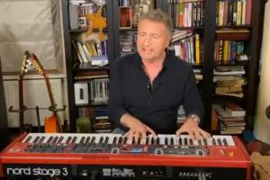 Леонид Агутин провел онлайн-концерт в инстаграме — музыкант находится в самоизоляции из-за коронавируса