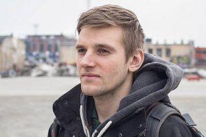 «Мне снилось, что я ворона на электропроводах». Свидетель по делу «Сети» Илья Капустин — о побеге в Финляндию, пытках и поддержке других фигурантов