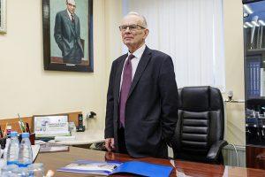 Как в Петербурге появились НИИ детской онкологии, фонд AdVita и база потенциальных доноров? Рассказывает гематолог Борис Афанасьев — он провел первую в СССР трансплантацию костного мозга ребенку