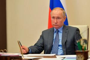Владимир Путин продлил нерабочие дни до 30 апреля включительно