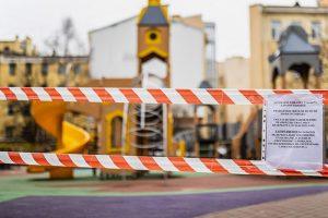 Кого и как штрафуют за нарушение самоизоляции в Петербурге? Из дома-то можно выходить?