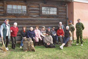 «Я живу как в прошлом веке»: хранительницы музеев Ленобласти — о любимых экспонатах, посетителях и сохранении памяти