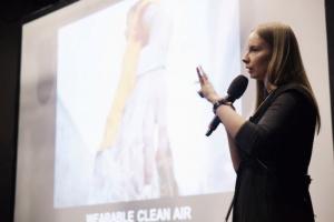 Что такое «умная» одежда и как она делает человека самостоятельнее? Рассказывает кандидат культурологии