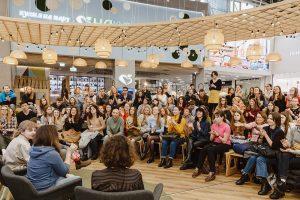 В Петербурге 6 лет проходят бесплатные лекции с завтраками CreativeMornings. Как в городе появился проект из Нью-Йорка и что с ним происходит во время пандемии