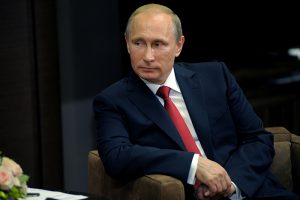 «Мы хорошие, мы не начинаем войны». Что о статье Путина про Вторую мировую пишут журналисты, политики и блогеры