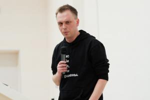 «Медуза» выпустила большое интервью с Иваном Голуновым. Он рассказал, что его дело не связано с текстом о ритуальном бизнесе