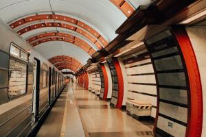 В петербургском метрополитене заявили, что не могут исполнять все требования Роспотребнадзора после восстановления пассажиропотока