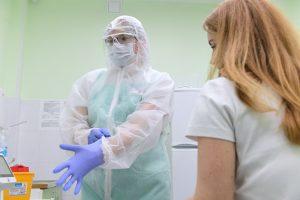 Петербуржцы по три недели ждут результаты тестов на коронавирус. С чем связаны задержки и исправят ли ситуацию?