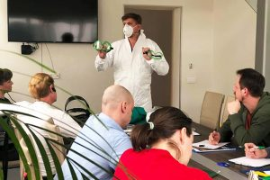 Как петербургская частная клиника стала помогать городу с пациентами с COVID-19? Куратор сортировочных центров МИБС — о разгрузке больниц и пневмониях в городе