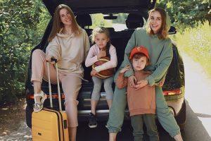 От хюгге-кэмпа до экофермы: блогеры рекомендуют необычные места для путешествия по Ленобласти