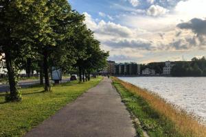 Жаркая и сухая погода вернется в Петербург в конце июля. На следующей неделе в городе вновь ожидаются дожди