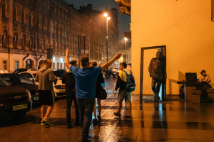 Полиция Петербурга провела еще один профилактический рейд по барным улицам. Во время него задержали 29 человек