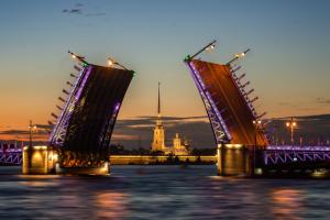 Как в Петербурге и Кронштадте пройдет День ВМФ — перекрытия, новый график разводки мостов и закрытый концерт