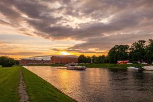 Смольный разрабатывает «новую туристскую географию Петербурга». Город могут разделить на зоны — от образовательной до деловой