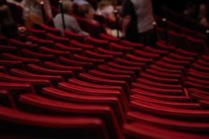 Независимые театры пожаловались, что остались без субсидий во время пандемии. Смольный запустил второй этап конкурса на финансирование