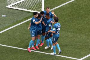 «Зенит» обыграл «Спартак» со счетом 2:1 в полуфинале Кубка России