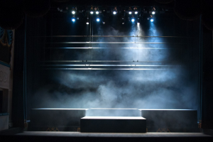 Более 20 независимых театров Петербурга не получили господдержку после пандемии: некоторым грозит закрытие. Десятки миллионов достались патриотическим фестивалям